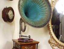 Старинный грамофон